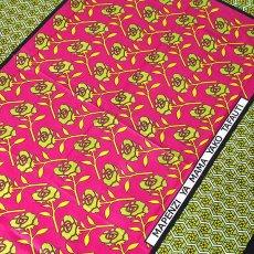 アフリカ ケニア カンガ プリント布 110x150(薔薇 ピンク 日本語訳不明)