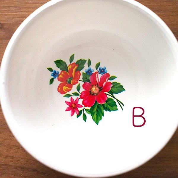 ベトナム 花柄 プラスチック 小皿(直径 約8cm 高さ 3.5cm)【画像3】