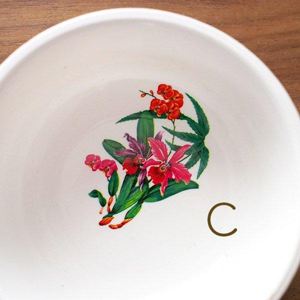 ベトナム 花柄 プラスチック 小皿(直径 約8cm 高さ 3.5cm)【画像4】