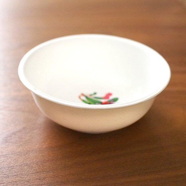 ベトナム 花柄 プラスチック 小皿(直径 約8cm 高さ 3.5cm)【画像5】