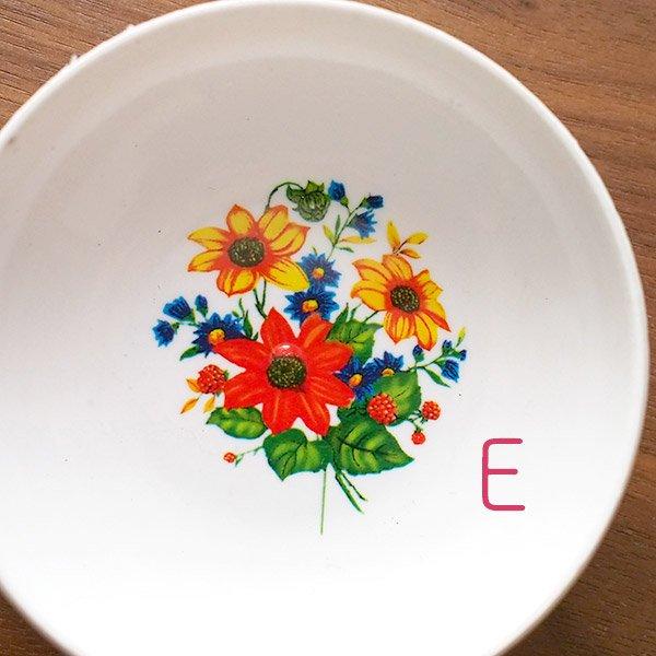 ベトナム 花柄 プラスチック 小皿(直径 約8cm 高さ 2.5cm)【画像6】
