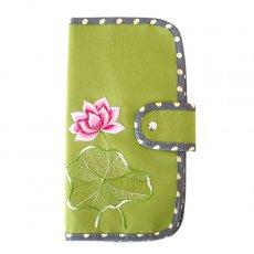 ポーチ ベトナム 蓮の花(ロータス) 刺繍 パスポート&カードケース (キミドリ)