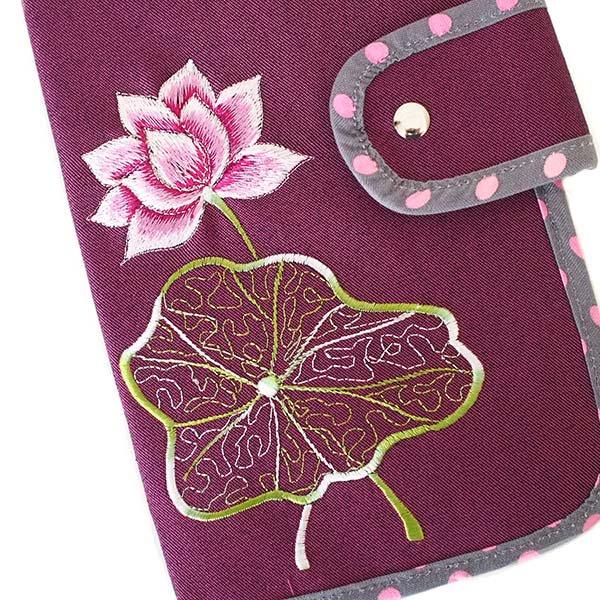 ベトナム 蓮の花(ロータス) 刺繍 パスポート&カードケース (パープル)【画像3】