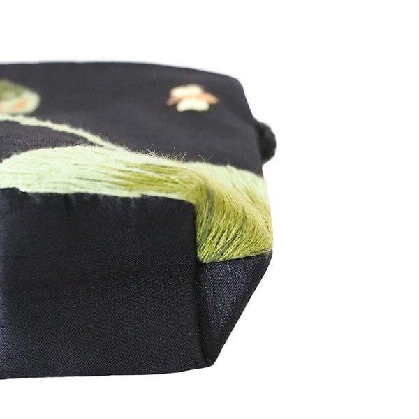 ベトナム 蓮の花(ロータス)刺繍 ポーチ(ビーズ付き ブラック)【画像5】