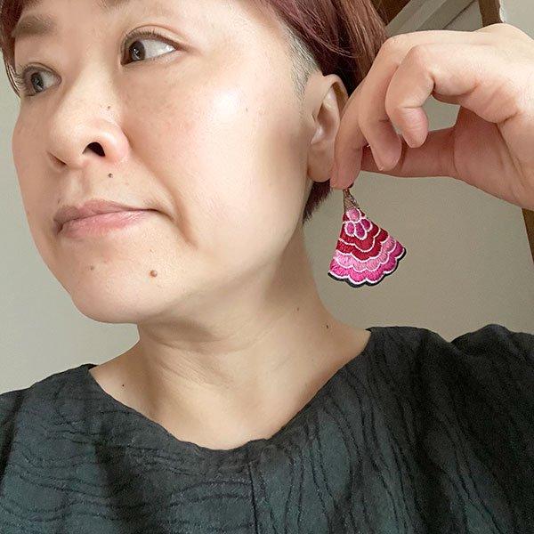 ベトナム 刺繍 ピアス (5色)【画像9】