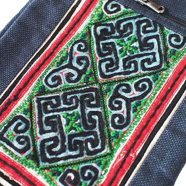ベトナム 黒モン族 古布 刺繍  ポシェット (B)【画像3】