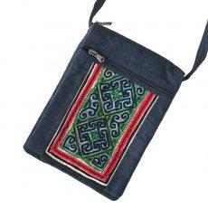 ベトナム 少数民族 黒モン族 古布 刺繍  ポシェット (B 25×18)民族 刺繍 / ベトナム直輸入