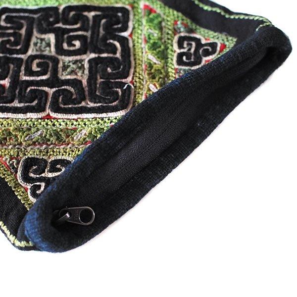 黒モン族 古布 刺繍 ポーチ(正方形 A 17×16)民族 刺繍 / ベトナム直輸入【画像5】