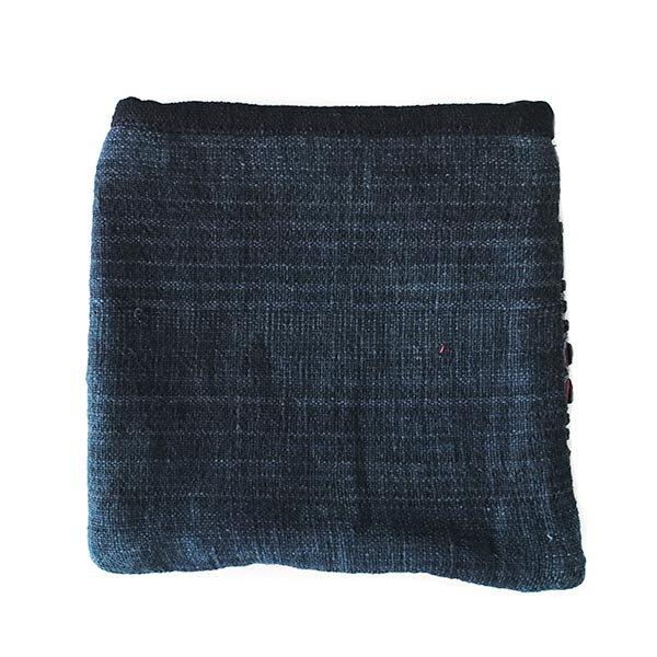 【送料無料】ベトナム 黒モン族 古布 刺繍 ポーチ(正方形 B)【画像2】