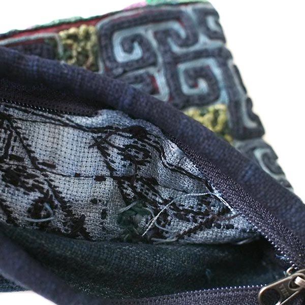 【送料無料】ベトナム 黒モン族 古布 刺繍 ポーチ(正方形 B)【画像4】
