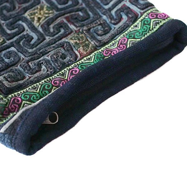 【送料無料】ベトナム 黒モン族 古布 刺繍 ポーチ(正方形 B)【画像5】