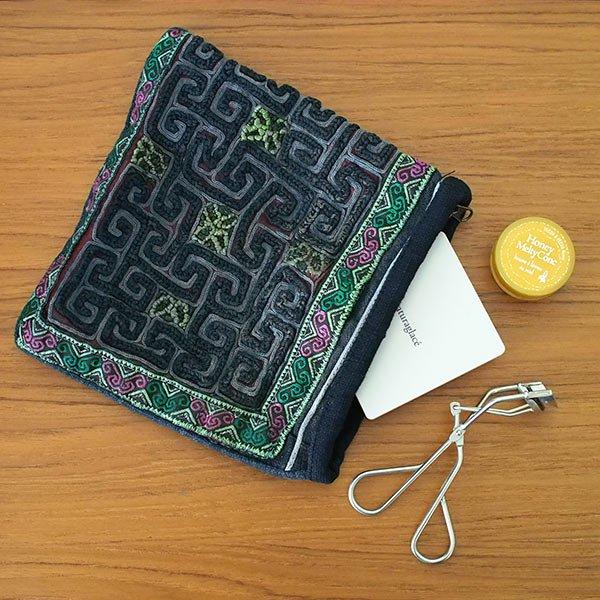 【送料無料】ベトナム 黒モン族 古布 刺繍 ポーチ(正方形 B)【画像6】