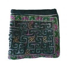 ベトナム 少数民族 黒モン族 古布 刺繍 ポーチ(正方形 B 16×17)民族 刺繍 / ベトナム直輸入
