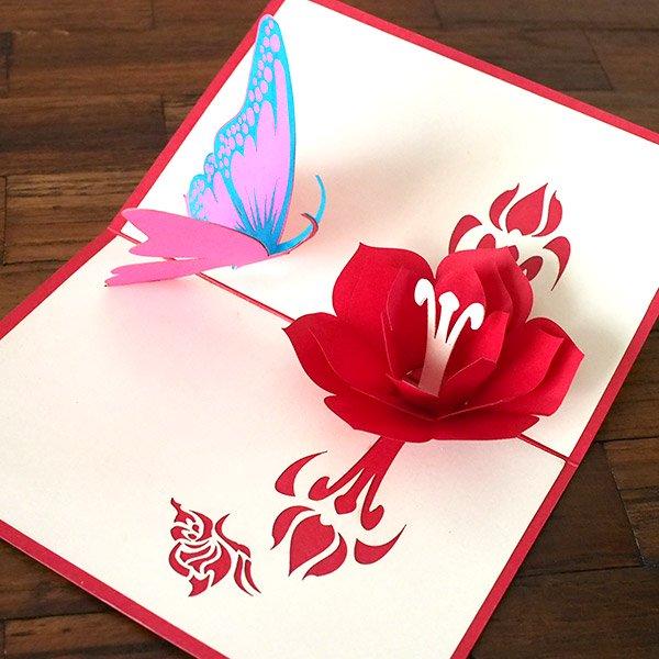 ベトナム 切り絵のポップアップ(蓮の花と蝶々  15×10)【画像6】