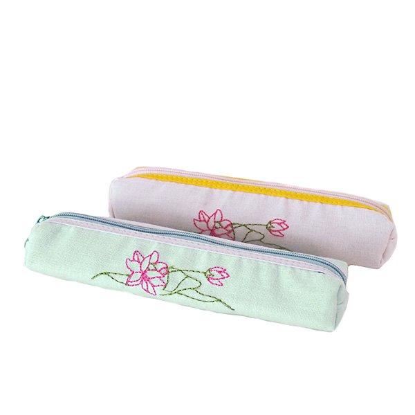 ベトナム  蓮の花(ロータス)刺繍  ペンケース(細 A)