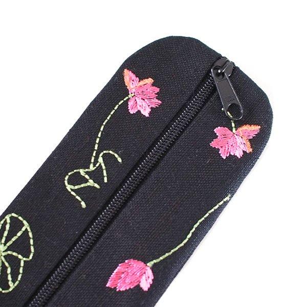 ベトナム  蓮の花(ロータス)刺繍  ペンケース(2色)【画像4】
