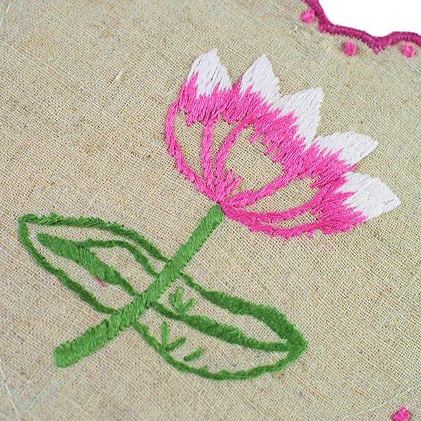 ベトナム 蓮の花(ロータス)刺繍のサシェ (2色)【画像3】