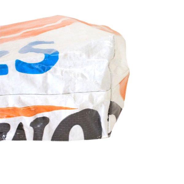 ベトナム 飼料袋 リメイク バッグ(肩掛けOK マチ付き ブタ オレンジ )【画像4】