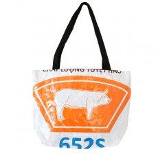 ベトナム 飼料袋 リメイク バッグ(肩掛けOK マチ付き ブタ オレンジ )
