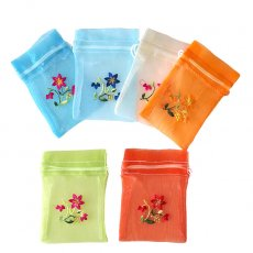ベトナム刺繍ポーチ・巾着 ベトナム 刺繍 巾着(オーガンジー 花 小サイズ B)