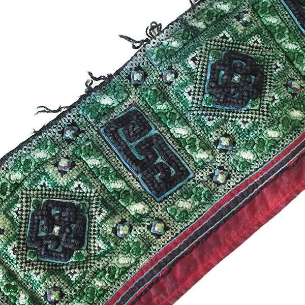 ベトナム 山岳民族 黒モン族 刺繍 古布 C (1点もの リメイク素材)【画像4】