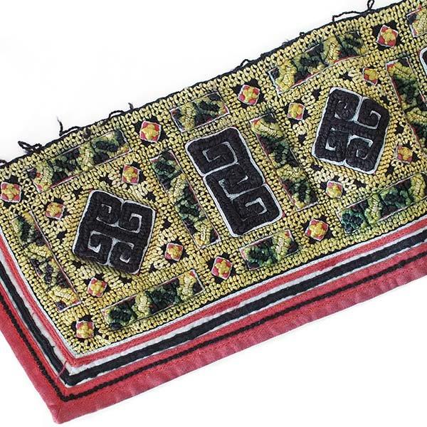 ベトナム 山岳民族 黒モン族 刺繍 古布 D (1点もの リメイク素材)