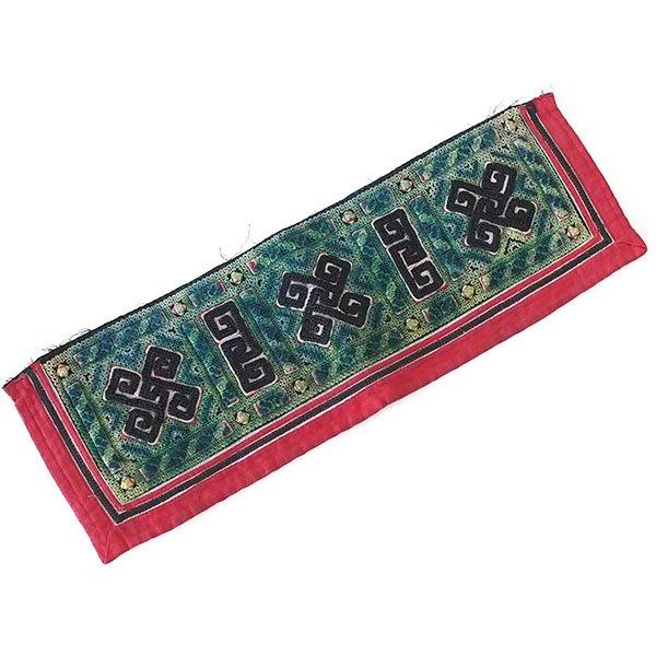 ベトナム 山岳民族 黒モン族 刺繍 古布 E (1点もの リメイク素材)【画像2】