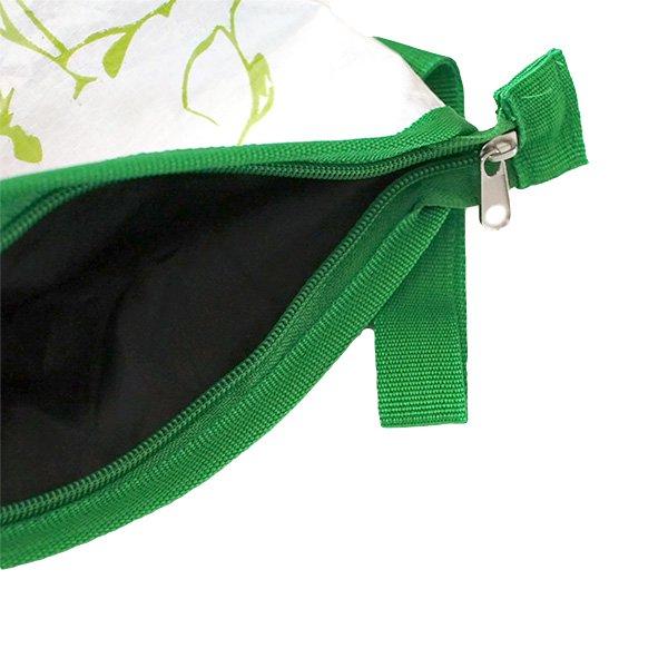 ベトナム 飼料袋 リメイク ポーチ(マチ付き ブタ)【画像5】