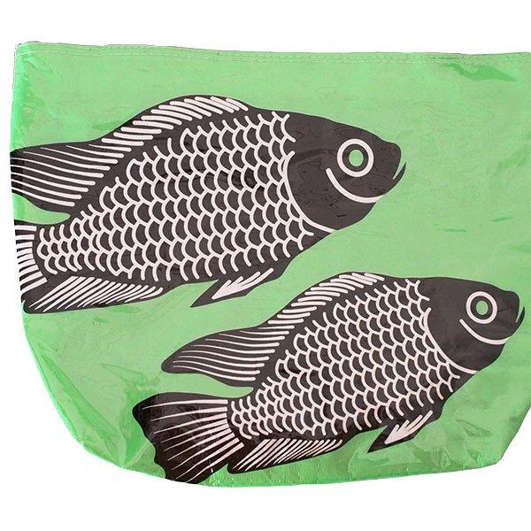 ベトナム 飼料袋 リメイク バッグ(肩掛けOK マチ付き 魚 グリーン )【画像3】