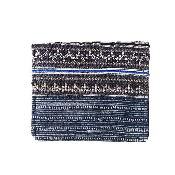 ベトナム モン族 刺繍 財布(二つ折り ブラック系)