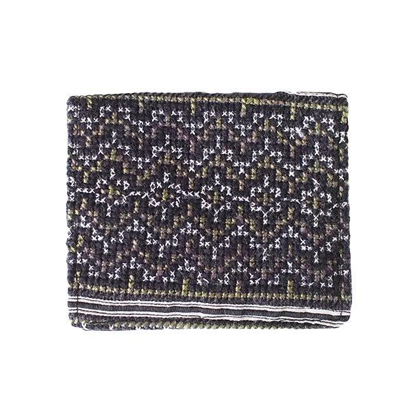 ベトナム モン族 刺繍 財布(二つ折り ブラック系)【画像2】