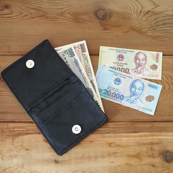 ベトナム モン族 刺繍 財布(二つ折り ブラック系)【画像6】