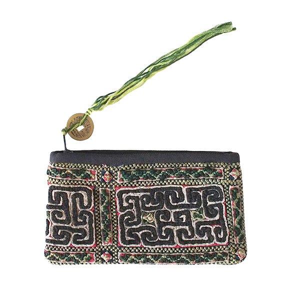 ベトナム 黒モン族 古布 刺繍 ポーチ(タッセル付き 長方形 ブラック)