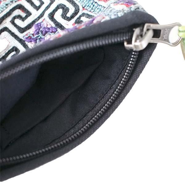 ベトナム 黒モン族 古布 刺繍 ポーチ(タッセル付き 長方形 グレイ)【画像4】