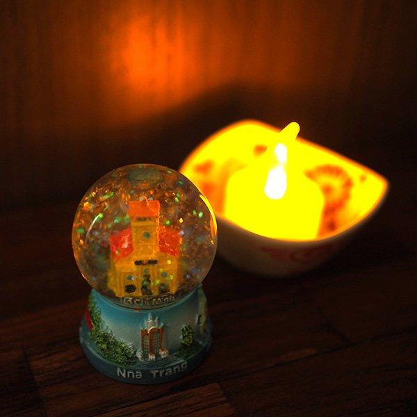 ベトナム ホーチミン スノードーム(ベンタイン市場 高さ約6cm)【画像7】
