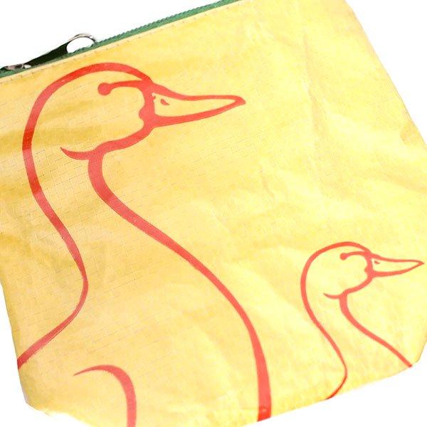 ベトナム 飼料袋リメイクポーチ