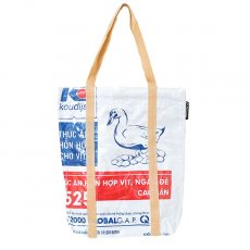 【NEW シリーズ】ベトナム 飼料袋 リメイク ショルダーバッグ(ビニールコーティング マチ付き アヒル ブルー)
