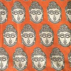 インド ウッドブロック プリント 布(木版)ブッダ オレンジ 幅約118cm / 1m切り売り