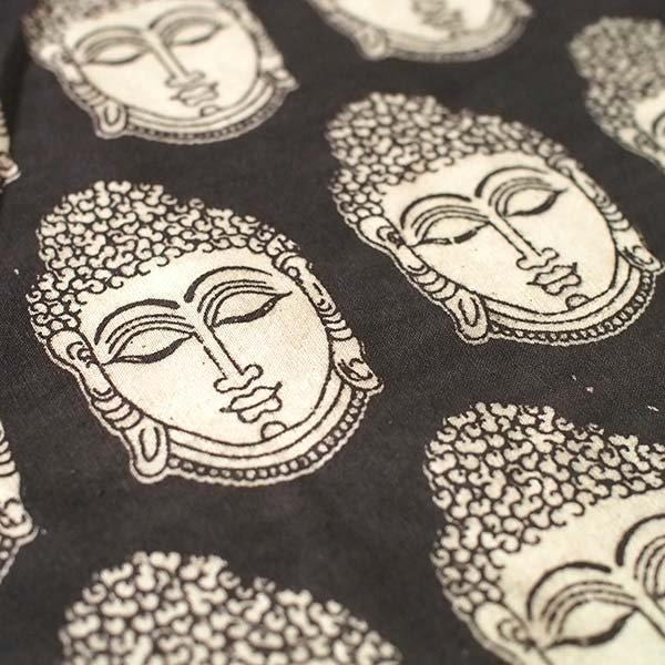 インド ウッドブロック プリント 布(木版)ブッダ ブラック 幅約118cm / 1m切り売り 【画像3】