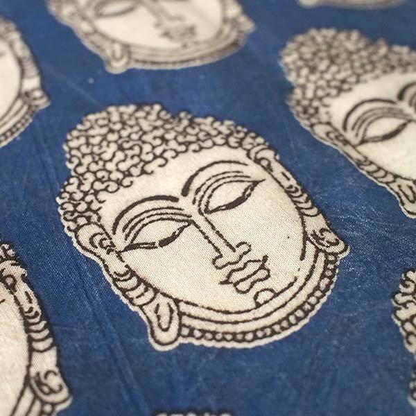 インド ウッドブロック プリント 布(木版)ブッダ ブルー 幅約118cm / 1m切り売り 【画像3】