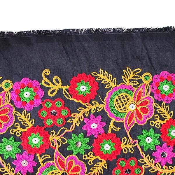 インド ラジャスタンの刺繍布 ブラック(幅約109cm / 1m切り売り )【画像7】
