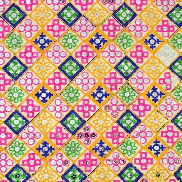 インド ラジャスタンの刺繍布 ゴールド スパンコール(幅約108cm / 1m切り売り)【画像10】