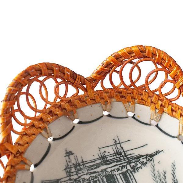 ベトナム バッチャン焼き ラタン編み 皿  ホアンキエム湖 亀の塔 (直径約15cm)【画像4】