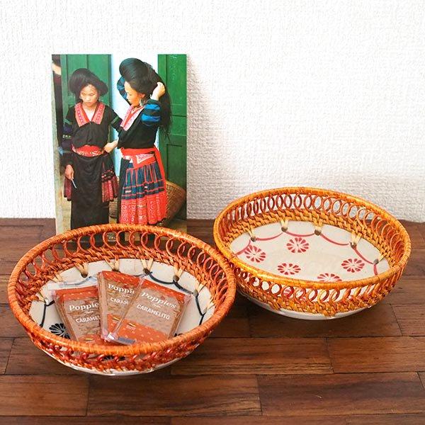 ベトナム バッチャン焼き ラタン編み 丸皿 菊の花 2色(直径約14cm)【画像6】
