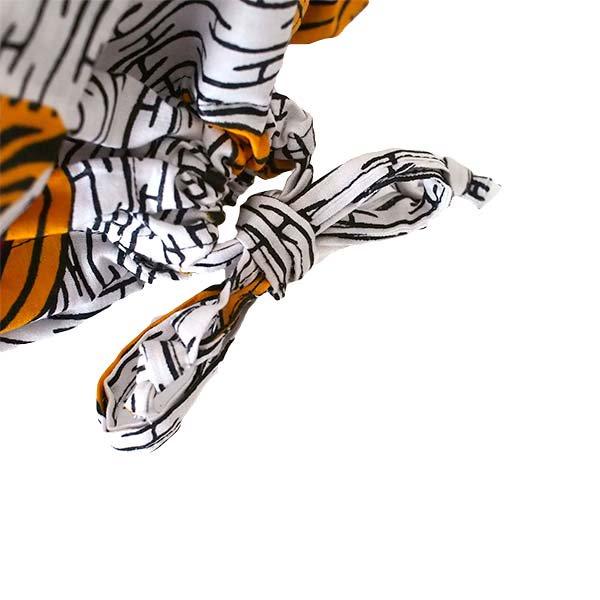 【HARMONY FOR PEACE プロジェクト】マリ 足踏みミシンで仕立てた パーニュ 巾着 エコバッグ(シマウマ オレンジ)【画像4】