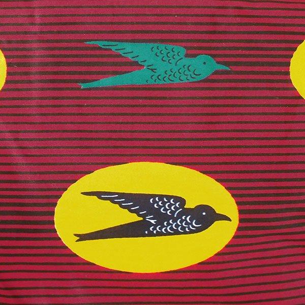 【HARMONY FOR PEACE プロジェクト】マリ 足踏みミシンで仕立てた パーニュ 巾着 エコバッグ(ツバメ レッド)【画像3】