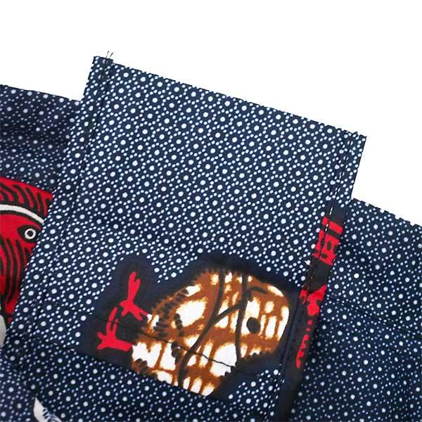 【HARMONY FOR PEACE プロジェクト】マリ 足踏みミシンで仕立てた パーニュ 巾着 エコバッグ(ネイビー ニワトリ)【画像4】