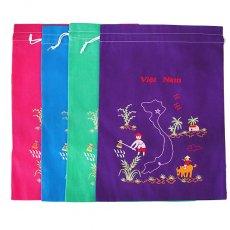 ベトナム 刺繍 巾着(田植えと水牛に乗る子供 ベトナム地図  大サイズ 37×28)