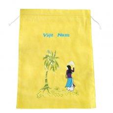 ベトナム 刺繍 巾着(ヤシの木とアオザイの女の子  大サイズ 37×28)