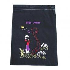 ベトナム 刺繍 巾着(ベトナム地図とアオザイの女の子  大サイズ 37×28)